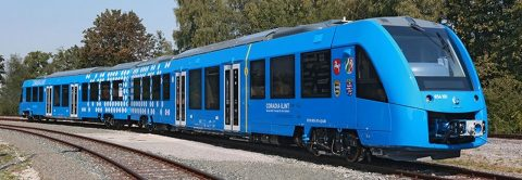 Il treno a idrogeno Coradia iLint corre sui binari grazie ad Alstom