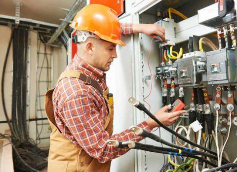 Corso CEI:  Lavori in prossimità di impianti elettrici e Lavori elettrici sotto tensione in BT e fuori tensione in AT e BT in conformità al Testo Unico sulla Sicurezza – Norma CEI 11-27 ed. 2014