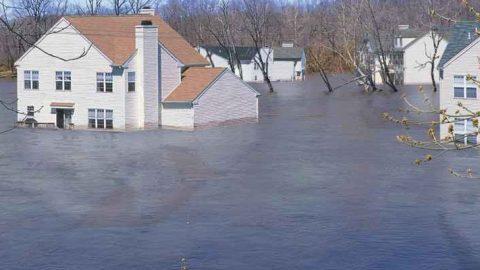 ENEA stima sette nuove aree costiere italiane a rischio inondazione per l'innalzamento del Mar Mediterraneo