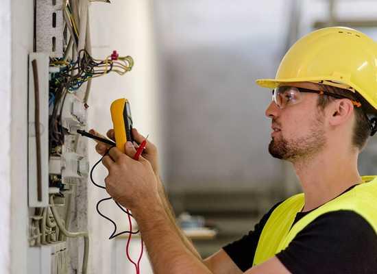 INAIL manuale Lavori su impianti elettrici in bassa tensione