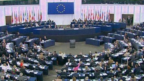 Parlamento Unione Europea: obiettivo Fer al 32% nel 2030