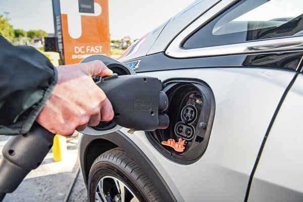 ANAS Colonnine di ricarica per auto elettriche nelle autostrade