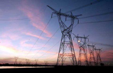 Crollo della domanda di elettricità in giugno in Italia