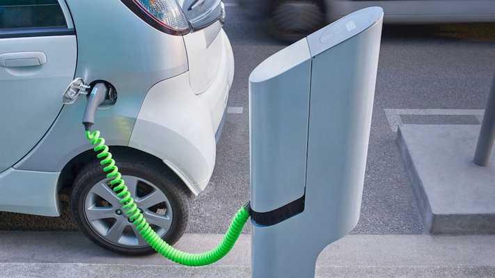 Incentivi per colonnine di ricarica elettrica
